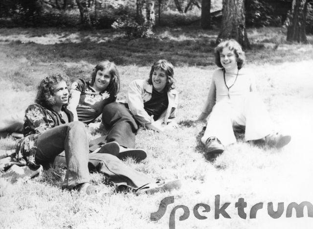 03-1975-Spektrum.jpg