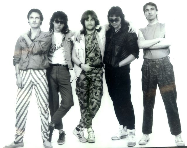 17-1987-Unisono.jpg
