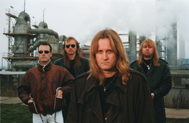 23-2000-Unisono-Nebezpecny-svet.jpg