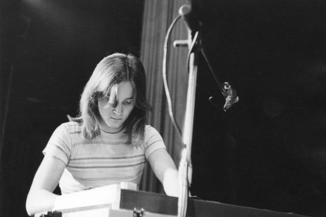 phoca_thumb_l_07-1976-Spektrum.jpg