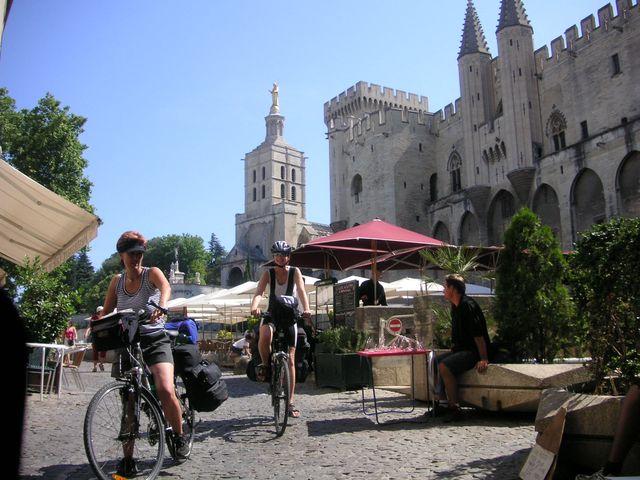 32-2006-Provence-Avignon.JPG