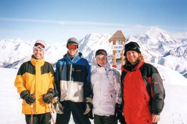 24-2003-Francie-Tri-udoli.jpg