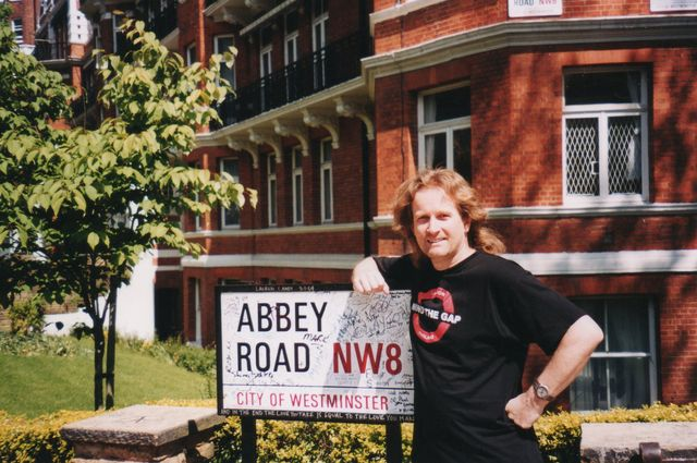 08-2004-Londyn-Abbey-Road.jpg