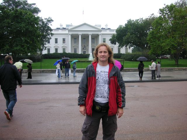 18-2005-Washington-Bily-dum.JPG