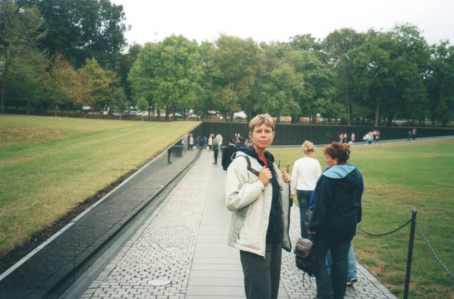 21-2005-Washington-pamatnik-vietnamske-valky.jpg