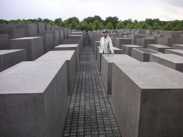 30-2009-Berlin-pamatnik-holokaustu.JPG
